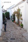 Merys capturando en la calle Manzana
