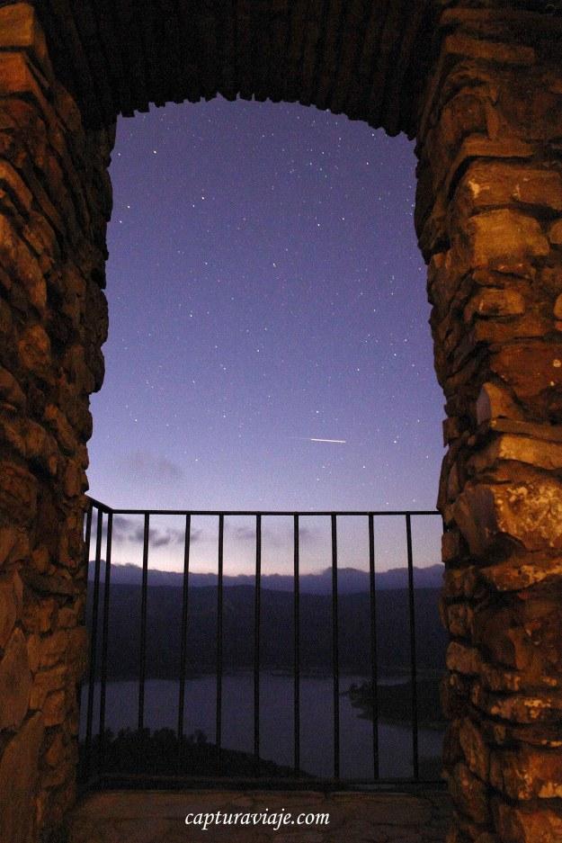 Noche estrellada en el balcón de los amorosos - Castellar Viejo