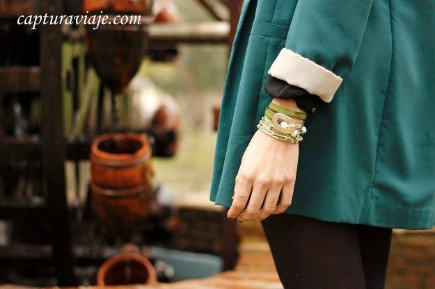 Combinación pulseras cuero verde