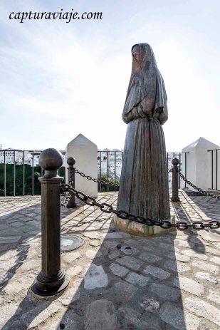 13 - Vejer de la Frontera - Monumento Cobijas - D