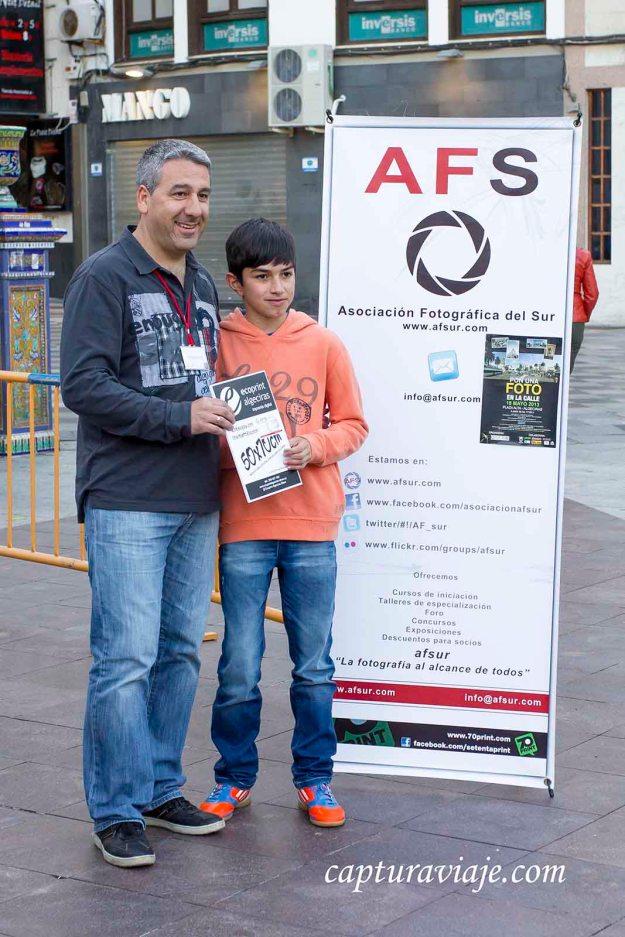 50 - PFC2013 - Premio para Ernesto Carrión