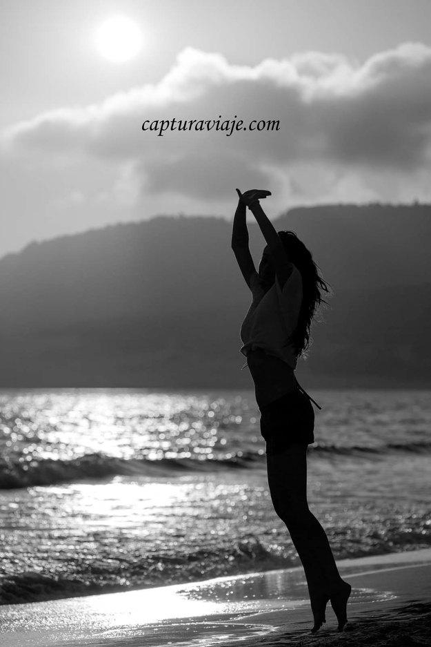 10 - Contraluz - Encestando el sol - Playa de Bolonia - Tarifa
